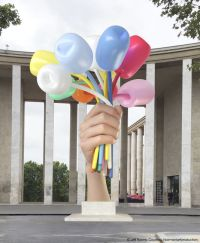 jeff_koons_bouquet_of_tulips_2016